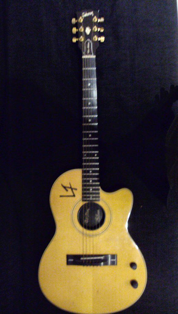 Guitarra Chet-Atkins